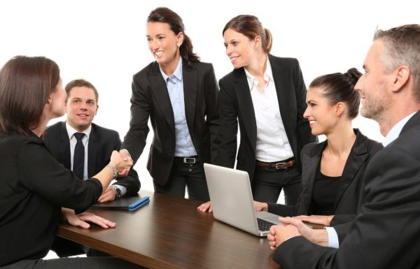 Claves para convencer a un cliente en una reunión de negocios